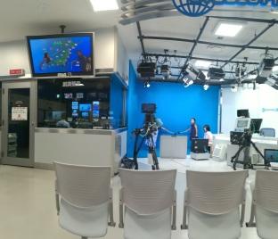 Studioul TVRL :)