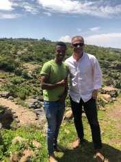 Yoseph, absolvent de turism, cu 23 de ani în spate și o viață în față...