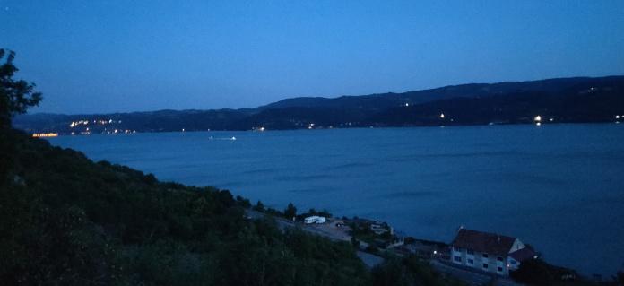 Si Dunărea agale trecea...